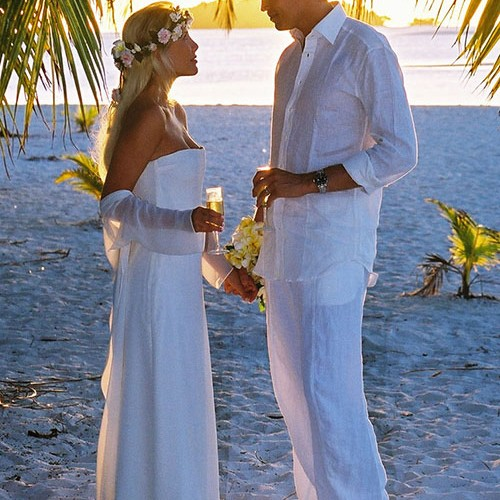 PACIFIC RESORT AITUTAKI  ONE FOOT WEDDING d_1
