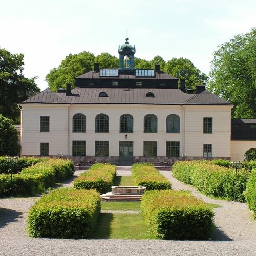 Slottsparken på Näsby Slott i Täby
