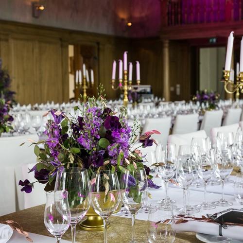 Rikssalen dukad för bröllop på Ulfsunda Slott