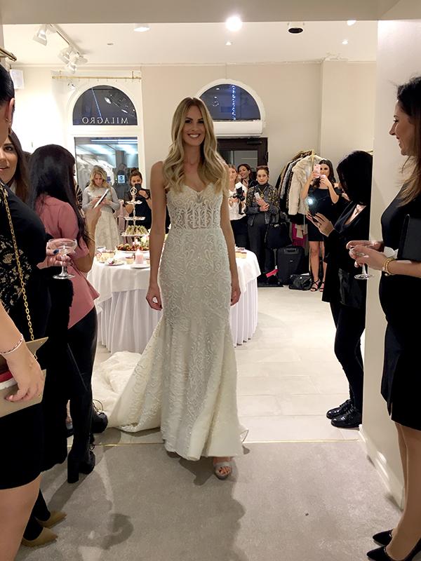 3f4e23d9d661 Vackra klänningar visades upp