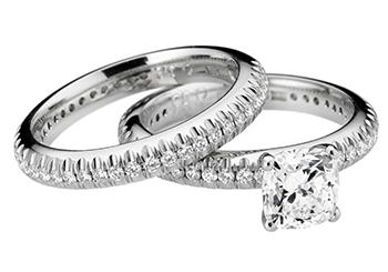 Smycken utöver det vanliga hos W.A. Bolin 606332f0b5c64