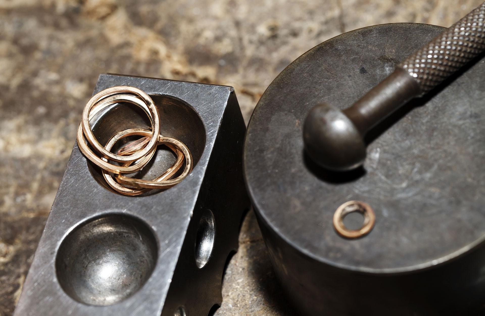 Gammalt smycke