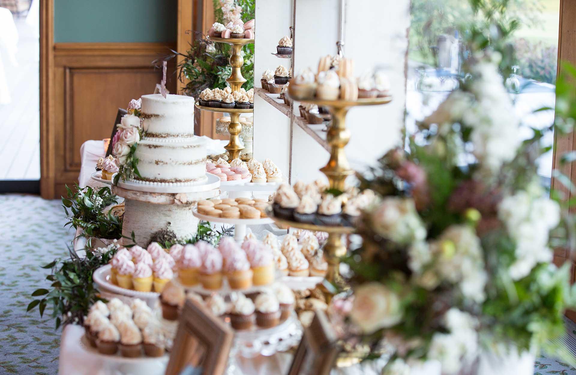 Brudskålen - bröllopstårta