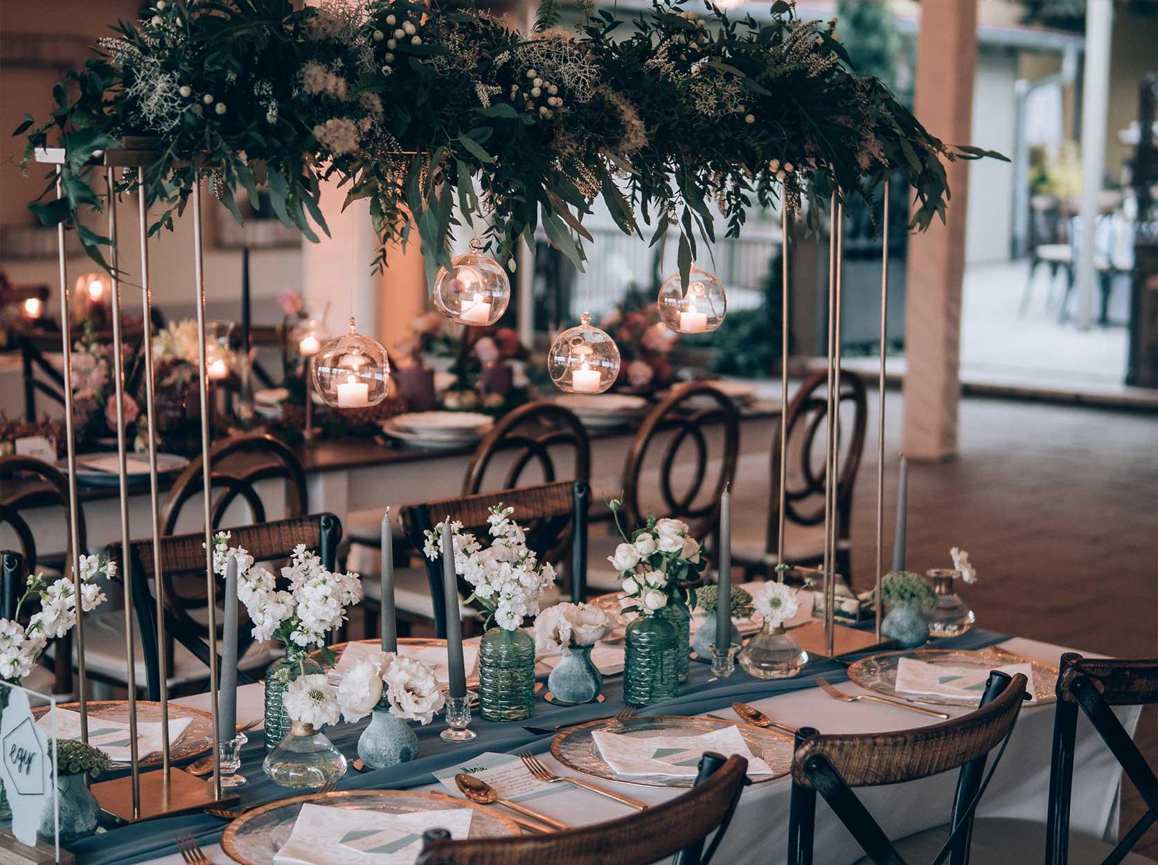 Dekorera festlokal bröllop