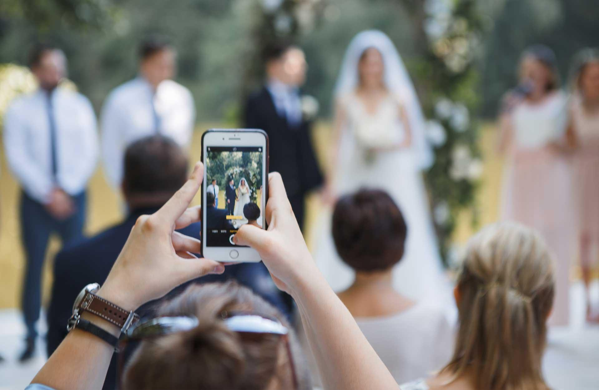 Bröllop och sociala medier